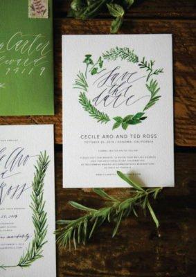 Invitatie nunta cu frunze verzi pe carton special sidefat - plic verde