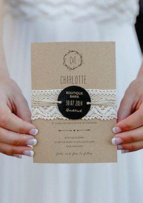 Invitatie nunta rustica - carton maro si dantela