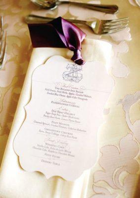 Meniu nunta elegant in frame decupat la aparat